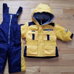 NWOT Baby Snow pants and Jacket Size 12 month
